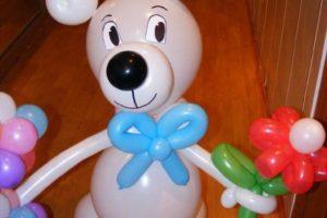 Фигурка из воздушных шаров