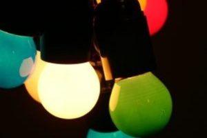 Гирлянда с разноцветными лампочками 10 м 2 шт. 100 грн.